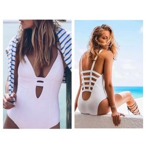 Vitamin A Neutra Maillot One-Piece Swimsuit